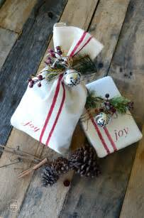 creative christmas gift wrap the idea room