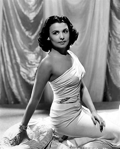 classic hollywood fashion icons that everyone loves beauty glitch lena horne lena horne pinterest