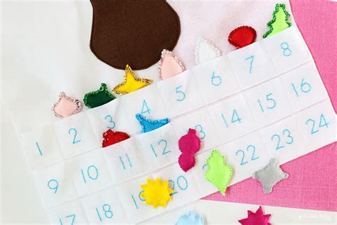 make your own felt advent calendar reindeer ornament advent calendar sugar bee crafts