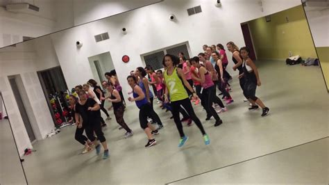 dua lipa zumba sean paul ft dua lipa quot no lie quot zumba 174 fitness visible