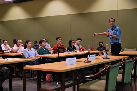 Ut Mba Entrepreneurship startup experts advise mccombs students on