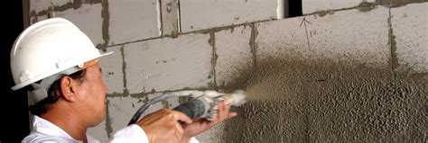 Sanding Plaster Ceiling by Sprayplaster Fast Machine Applied Plaster