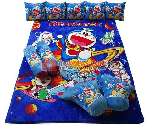 Karpet Karakter Doraemon Merah karpet selimut set karakter murah