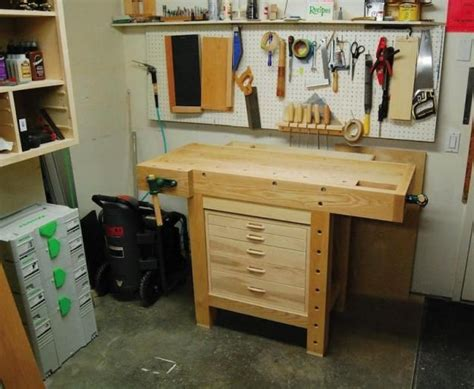 small work bench 25 best ideas about small workbench on pinterest