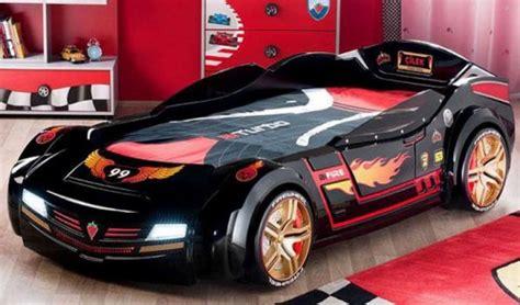 Kinderzimmer Auto Design by 50 Ideen F 252 R Traumhaftes Auto Kinderbett Modernes