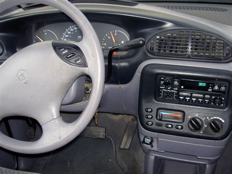 how make cars 1998 plymouth voyager interior lighting 1998 plymouth voyager interior pictures cargurus