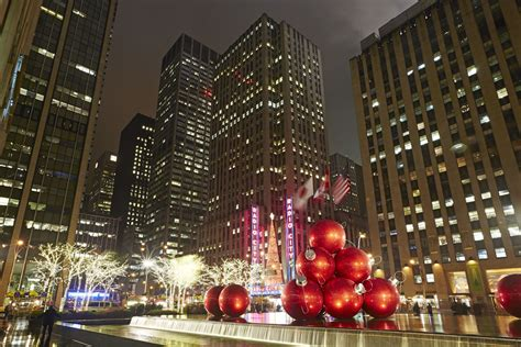 the best holiday light displays in nyc