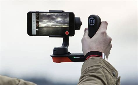 iphone gimbal the freefly movi gimbal adds pro level features to your iphone