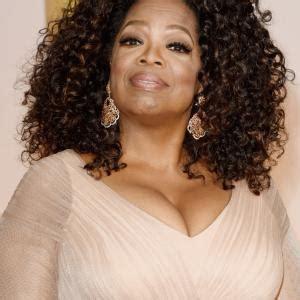 oprah winfrey salary oprah winfrey net worth 2018 bio wiki age spouse