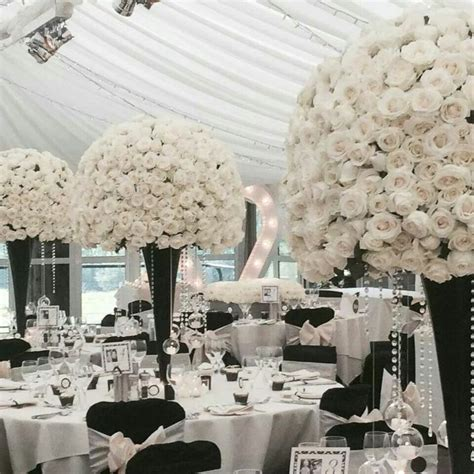 Black And White Wedding Decorations by 25 Best Ideas About Black And White Centerpieces On Black Decorations Black