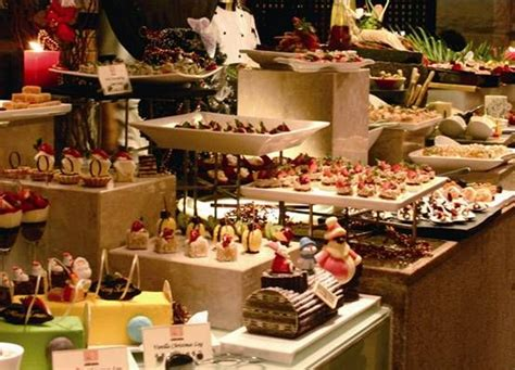 ideas for how to display food on buffet fab wedding food