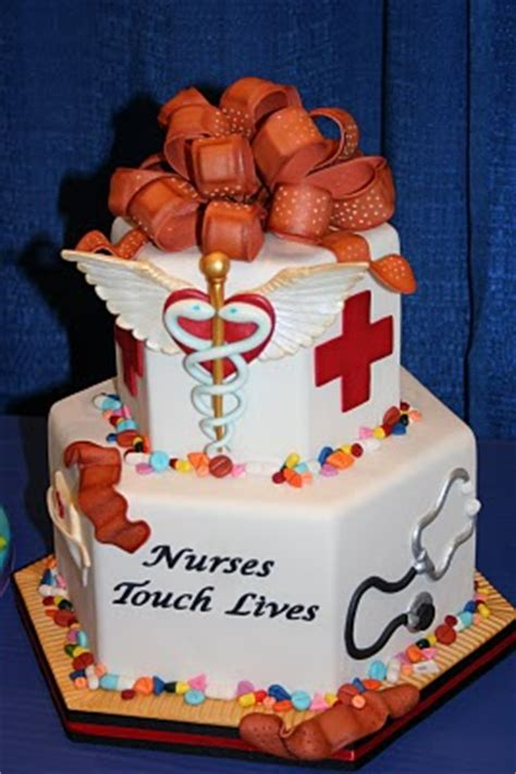 nurse cake wins scrubs  leading lifestyle nursing