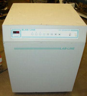 Vakum Distributor T120 Ss lab line 460ns water jacketed automatic co2 incubator