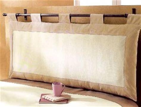 tete de lit avec coussin