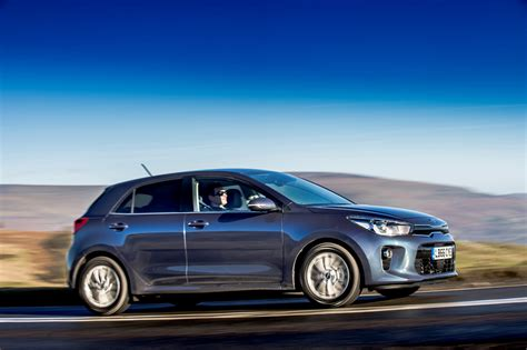 kia hatchback kia hatchback 2017 driving performance parkers