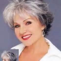 coupe de cheveux femme 50 ans et plus
