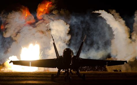 aircraft military airplane war mcdonnell douglas