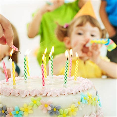 How Many Do You Invite To A Baby Shower by Birthday Invitation Etiquette Q A