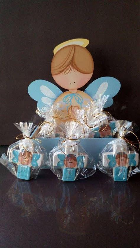 top 25 ideas about angeles para bautizo on angelitos para bautismo manualidades de madera con 10 alajeros de ceramica pintado a mano madera pintada a mano