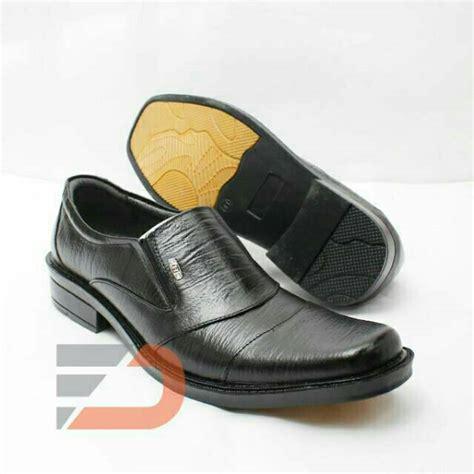 sepatu kulit pantofel pria bahan kulit sapi asli ht 2016