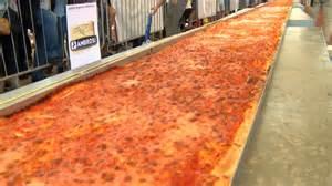 world s italy serves up world s longest pizza nbc news