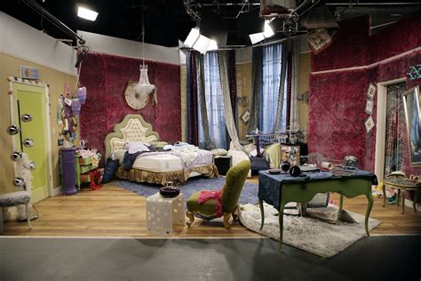 alex russo bedroom image wizwaverlyplace y1 001 010 jpg wizards of