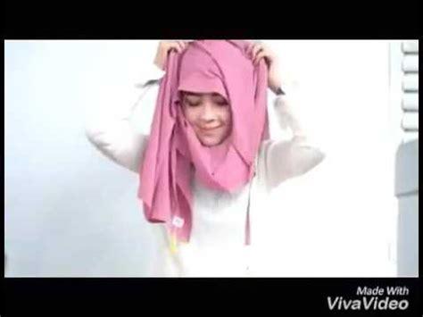 Kaos Muslimah Amira jilbab instan amira