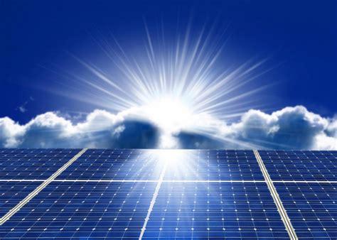 Macbook Di Usa italiamac recensione a corto di carica usa l energia solare con solar powerbank di sandberg