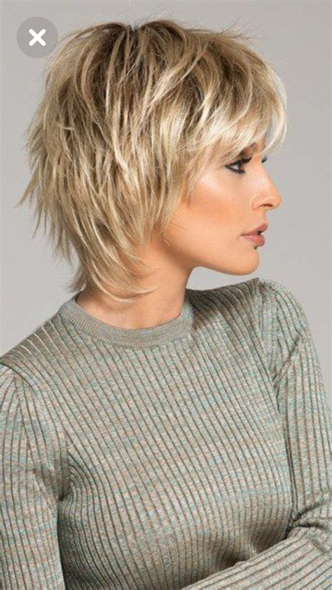 carefree hairstyles for women love the layering carefree style of this cut hair