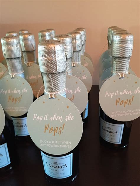 Baby Shower Favors by Best 25 Baby Shower Favors Ideas On Baby