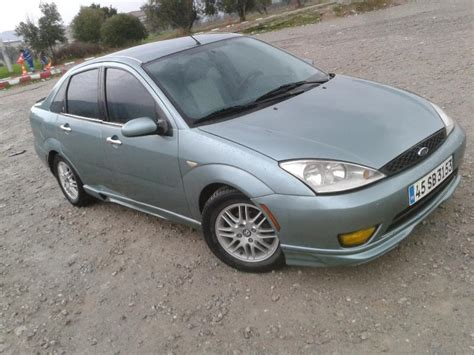 ford focus  ghia  model