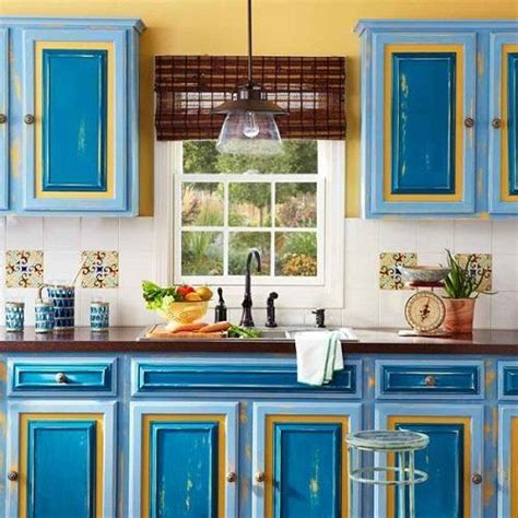 Kitchen Cabinet Colour Combination by 13 Clever Kitchen Cabinet Color Combination You To Try