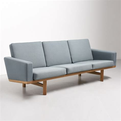 hans wegner 236 sofa ge 236 sofa by hans wegner for getama 44178