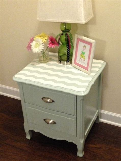 How To Refinish Nightstand by Best 25 Refurbished Stand Ideas On