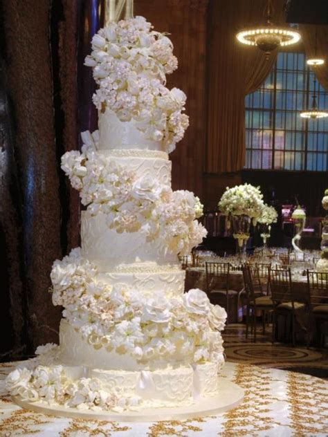 fancy wedding cakes and fancy royal wedding cakes on