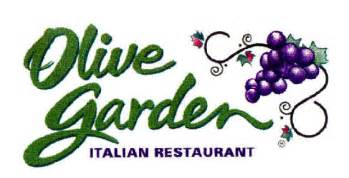 olive garden restaurant bans display of american flag