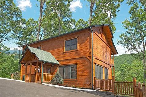 5 bedroom cabins in gatlinburg tn gatlinburg cabin heaven on earth 5 bedroom sleeps 18