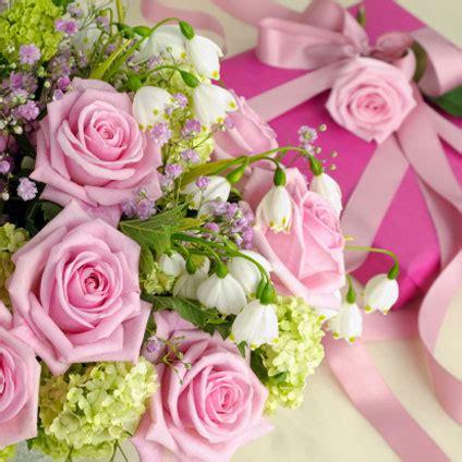 fiori per una donna quali fiori per il compleanno di una donna