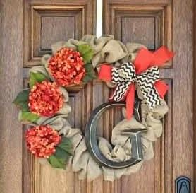 six christmas wreaths to inspire sweet pea inspire me grey diy monogrammed fall wreath tutorial