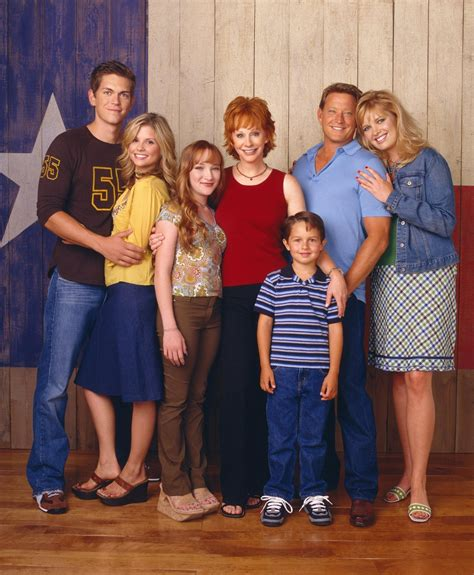 Reba Cast Photos | cast reba the show photo 30068642 fanpop
