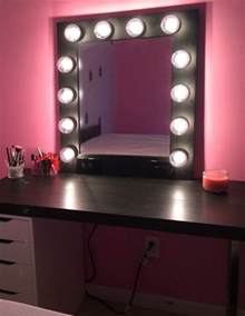Mirrored Vanity With Lights 17 Best Ideas About Mirror With Light Bulbs On