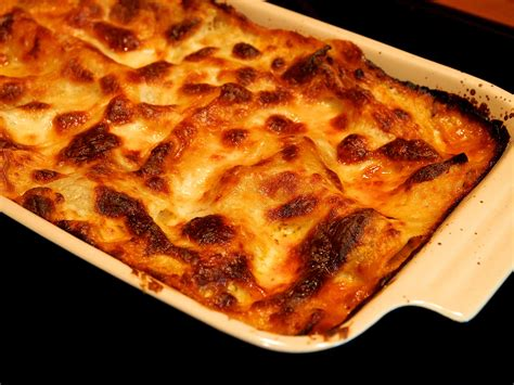 Cooking For A Crowd lasagne jono amp jules do food amp wine