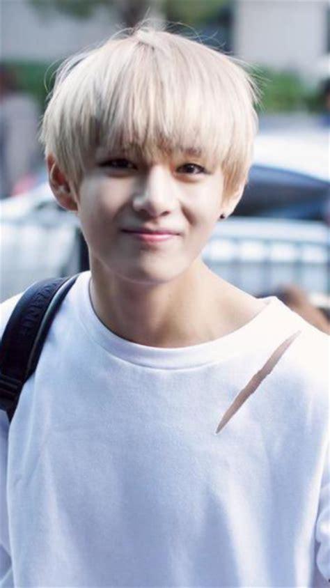 kim taehyung smile kim taehyung smile tumblr
