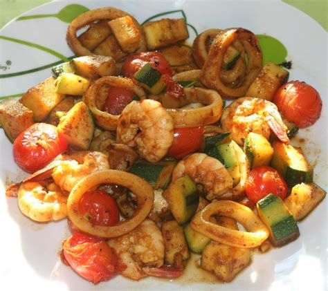 recette de gambas marin 233 encornet gambas courgette tomates cerises marin 233 s 224 la