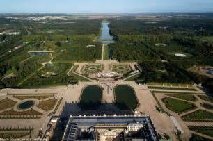 interesting facts about the palace of versailles just