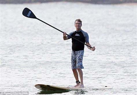 Garner Paddles A Surfboard by 89 Best Images About Sup On Paddle