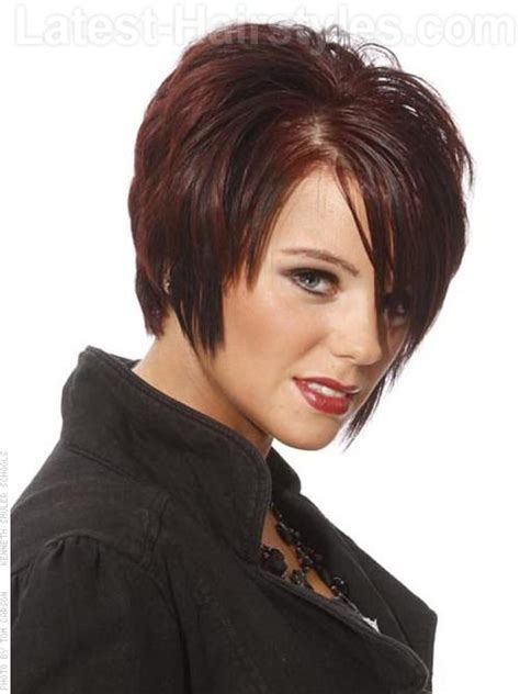 flattering hairstyles for women over 40 22 sexy and flattering short hairstyles for women over 40