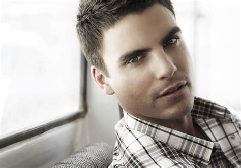 colin egglesfield must love dogs guilty pleasure colin egglesfield gay college daily