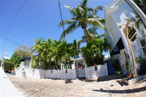 duval inn key west key west bed and breakfast duval inn guesthouse and b b