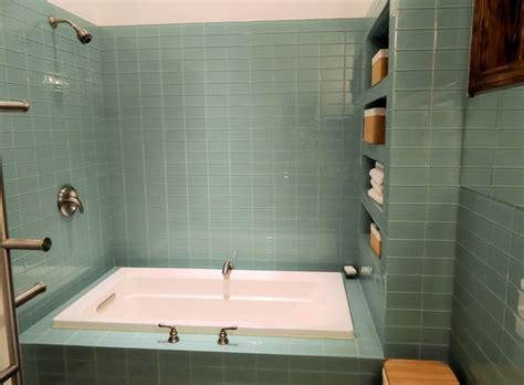 fliesen überkleben badezimmer retro badezimmer fliesen retro badezimmer or